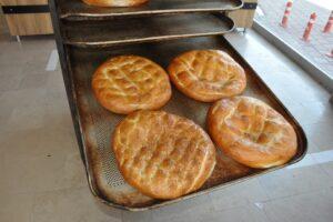 Belediye ekmek fırınında, ramazan pidesi 3 TL