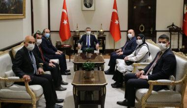 Cumhurbaşkanı Yardımcısı Oktay, Aydıncık heyetini kabul etti