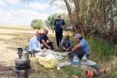 Saray Köylüleri, çareyi kendileri su aramakta buldu