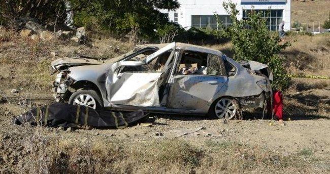 Trafik kazası: 1 ölü, 1 yaralı